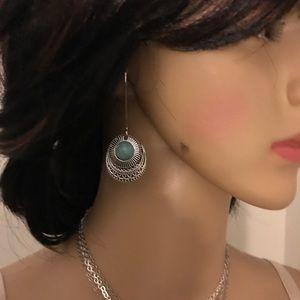 NWT Turquoise Vintage Drop Dangle Earrings